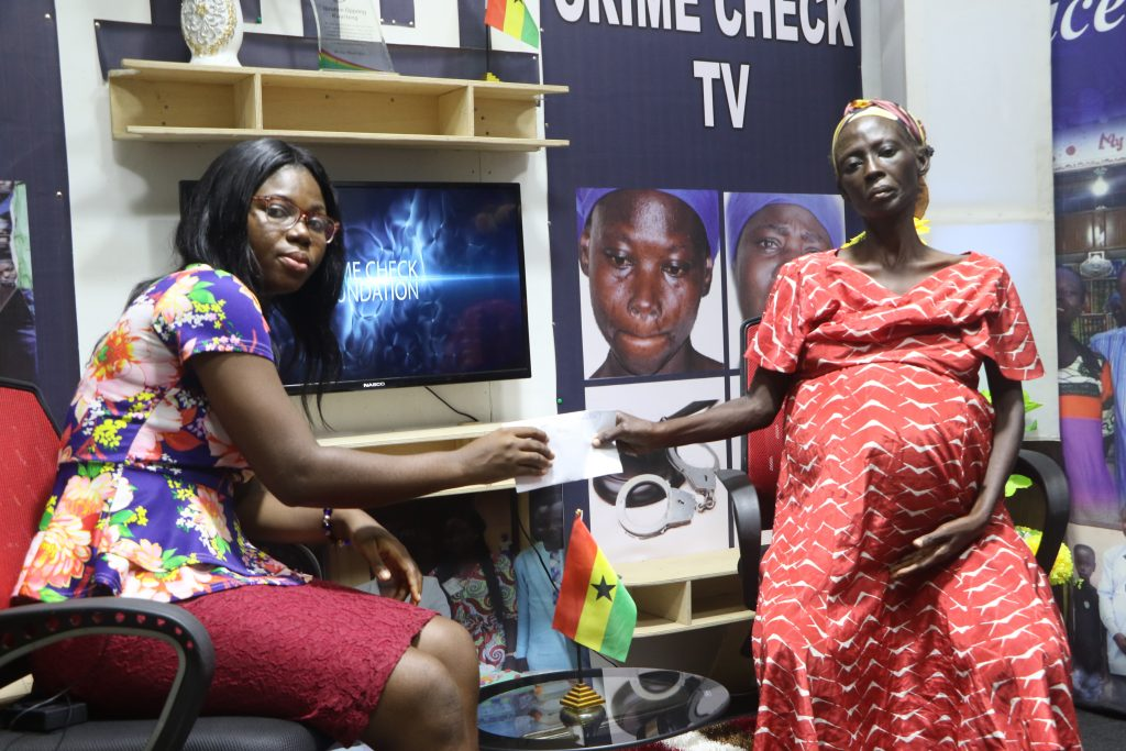 Seemingly pregnant looking Rebecca Quarshie is calling for public support to seek proper medical attention at the Korle – Bu Teaching hospital.