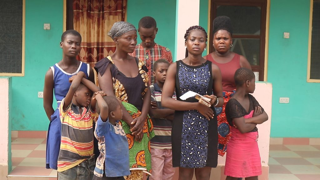 35 year old Ekua Alornyo is calling on the public to help her as she is in abject poverty and her landlady is threatening to eject her from the house.