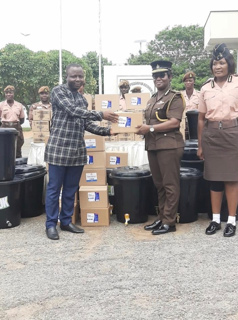 the Executive Director of Crime Check Foundation, Mr. Ibrahim Oppong Kwarteng who also doubles as the Ambassador Extraordinaire of Ghana Prisons presented the items to the Prisons Service